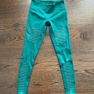 ALO Moto Legging Evermint Green high waist XS